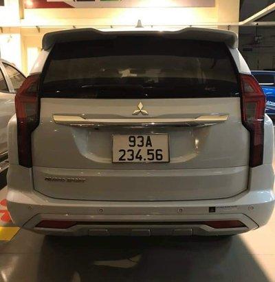 Chủ xe Mitsubishi Pajero Sport biển số tiến '23.456' hét giá tới 6,5 tỷ đồng - Ảnh 1.