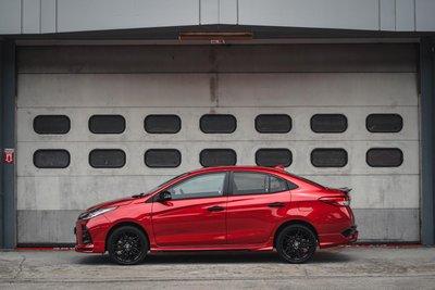 Toyota Vios 2021 GR-S thể thao, cá tính và hấp dẫn.