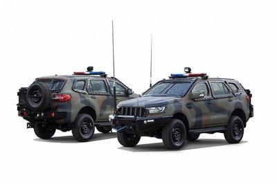 """Ford Ranger 2021 và Everest có luôn cả bản độ """"xe tăng bọc thép""""."""