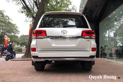 Toyota Land Cruiser VXS Executive Lounge 2021 gần 7 tỷ đồng vừa về Việt Nam có gì mà hot vậy a6
