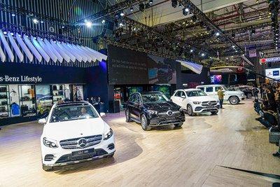 Hàng loạt mẫu xe mới thuộc các thương hiệu như BMW,Lexus,Mercedes-Benz, Land Rover vàJaguar được tung vào thị trường 1