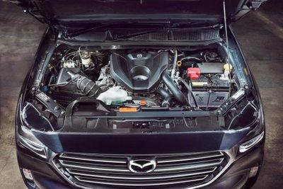 Mazda BT-50 2021 được cung cấp với hàng loạt tùy chọn động cơ, hộp số đa dạng.