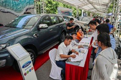 Loạt xe nhập khẩu giảm giá sốc - Lựa chọn tốt cho khách mua ô tô chơi Tết 1