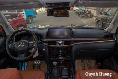 Lexus LX570 Super Sport 2021 đầu tiên cập bến Việt Nam với ngoại hình mới a9