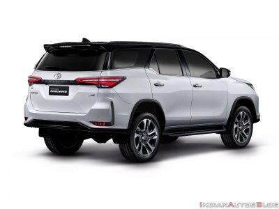 Toyota Fortuner 2021 Legender mạnh mẽ, hấp dẫn tột đỉnh.