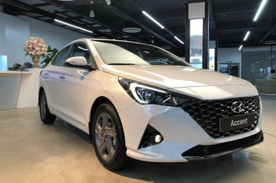 Hyundai Accent 2021 mới ra mắt thị trường Việt 1