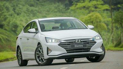 Hyundai Elantra tiếp tục dừng chân ở vị trí thứ 3 trong phân khúc C năm 2020.