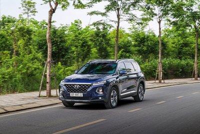 Hyundai Santa Fe đang bán tại Việt Nam 1