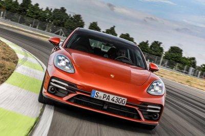 Thiết kế đầu xe Porsche Panamera 2021 1