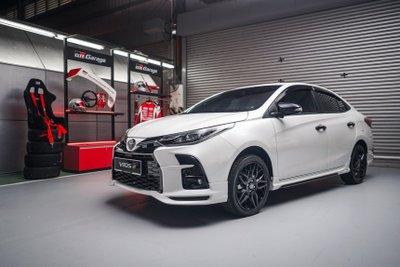 Cận cảnh Toyota Vios GR Sport 2021 tại Việt Nam - Ảnh 1.