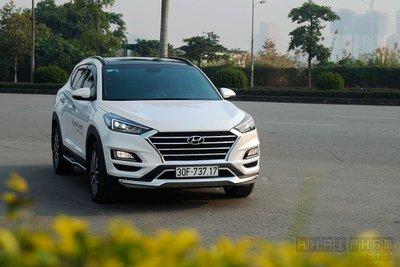 Doanh số Hyundai Tucson giảm khoảng 200 chiếc so với cùng kỳ năm ngoái.