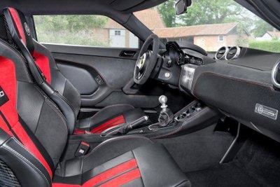 Hộp số sàn trên chiếc siêu xe thể thao Lotus Evora GT430.