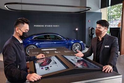 Điểm đến mới của Porsche có các khu vực dành riêng để khách hàng được tư vấn và tạo cấu hình cho mẫu xe thể thao mong muốn.