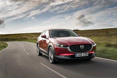 Động cơ mới còn xuất hiện dưới nắp ca-pô xe Mazda CX-30 2021.