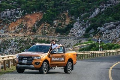 Phụ nữ yêu cái đẹp và Ford Ranger đang làm tốt điều này để cuốn hút phụ nữ.