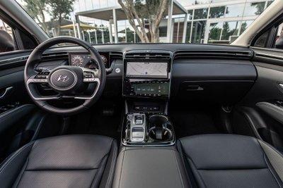 Hyundai Tucson 2022 nâng cấp mới hấp dẫn hơn về mọi mặt.