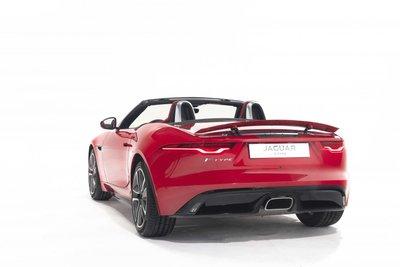 Jaguar F-Type mới hứa hẹn mang đến trải nghiệm lái tuyệt đỉnh.