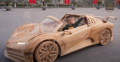 Làm Bugatti Centodieci bằng gỗ cho con trai.