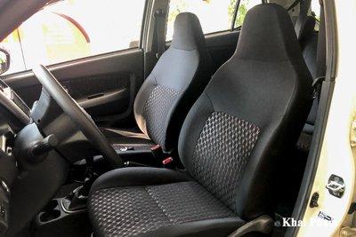 Ghế ngồi bọc nỉ trơn trên xe Toyota Wigo 2021 1