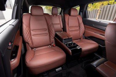 Mazda CX-8 2021 đặt độ an toàn và sự thoải mái của người dùng lên hàng đầu.