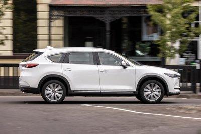 Mazda CX-8 2021 cập nhật mới trở nên hấp dẫn hơn nữa.