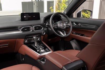 Mazda CX-8 2021 đảm bảo cung cấp trải nghiệm lái tuyệt đỉnh.