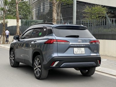 Toyota Corolla Cross 1.8V- Oto.com.vn.