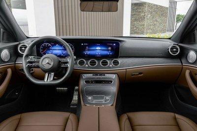 Khoang cabin xe Mercedes-Benz E-class 2021 1