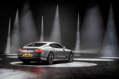 Bentley Continental GT Speed 2022 hứa hẹn tăng cường trải nghiệm lái hơn trước.