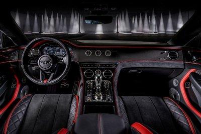 Bentley Continental GT Speed 2022 cải thiện độ nhạy bén sẵn có.