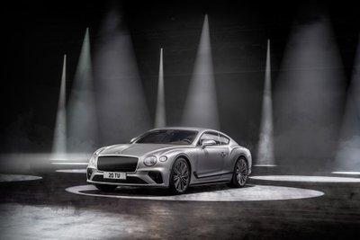 Bentley Continental GT Speed 2022 mới tăng mạnh về tốc độ.
