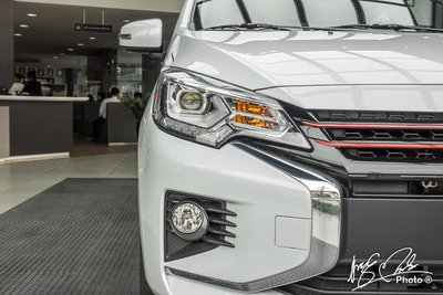 Mitsubishi Attrage 2021 được trang bị đèn pha LED Projector.