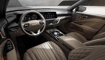 Mọi biến thể Kia K8 2022 Sedan sở hữu điểm chung là có nội thất hiện đại, đẹp mắt.