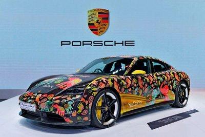 [Bangkok 2021] Porsche Taycan Turbo S Naraya Edition.