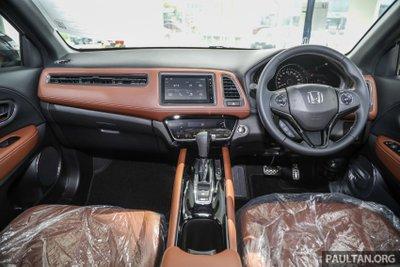 Honda HR-V 2021 RS bố trí trang bị tiện dùng, hợp lý.