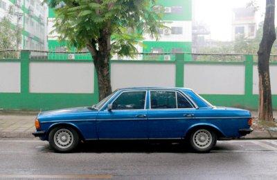 Mercedes Benz W123 200.