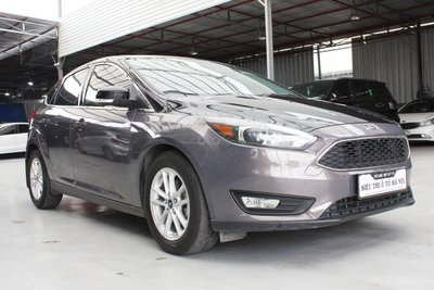 Ford Focus 2019 rao bán 610 triệu đồng 1