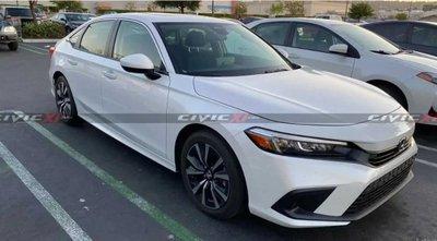 """Cận cảnh Honda Civic 2022 bằng """"xương bằng thịt"""" ngoài đời."""