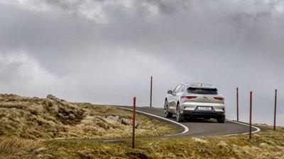 Jaguar I-PACE hoàn thành thử thách dựa trên công nghệ phanh phục hồi.