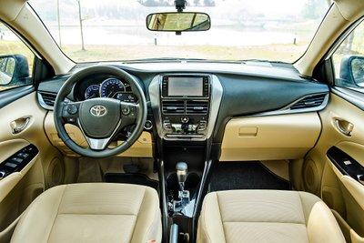 Toyota Viossở hữukhoang nội thất rộng rãi, tiện nghi 1