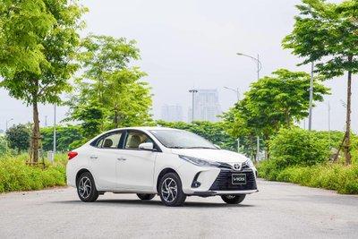 """Hỗ trợ lên đến 30 triệu lệ phí trước bạ -  """"Cú sút tung lưới"""" đối thủ của Toyota Vios 1"""