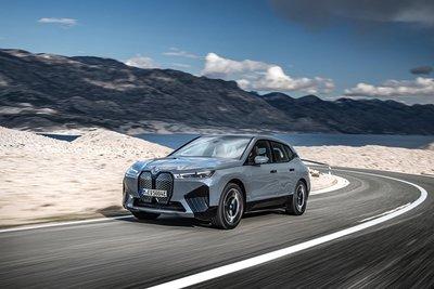 BMW iX sẽ chính thức có mặt trên thị trường vào tháng 3/2022.