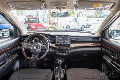 Khoang nội thất xe Suzuki Ertiga 1