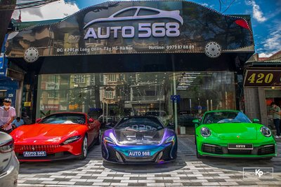 Dubai thu nhỏ với dàn siêu xe hơn trăm tỷ tại Hà Nội cổ vũ ĐTVN trước giờ xung trận đấu UAE A4