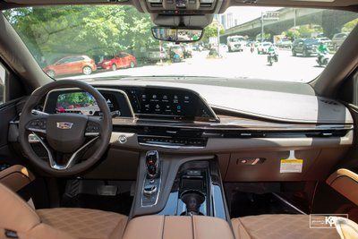 Soi Cadillac Escalade 2021 đầu tiên về Việt Nam Đầy cơ bắp, nhưng vẫn sang trọng a10
