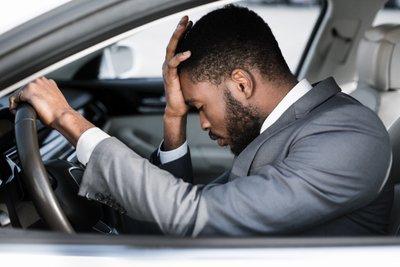 Cảm thấy không khỏe, tốt nhất không nên lái xe.