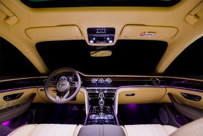 Nội thất đẳng cấp sang trọng của Bentley.