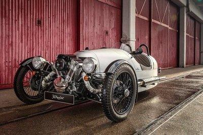 Khám phá 4 mẫu xe hơi nổi tiếng thế giới của thương hiệu Morgan 1