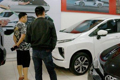 Nhiều trường hợp rước phải chiếc xe không chuẩn về số khung, số sàn, biển số khi mua ô tô bên ngoài. 1