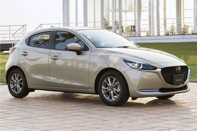 Mazda 2 2021 đang được bán tại Nhật Bản với giá bán dao động từ 17.818-22.098 USD.